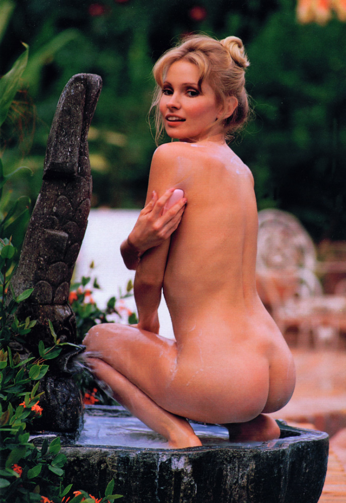 Lamontagne  nackt Cynthia Cynthia Lamontagne