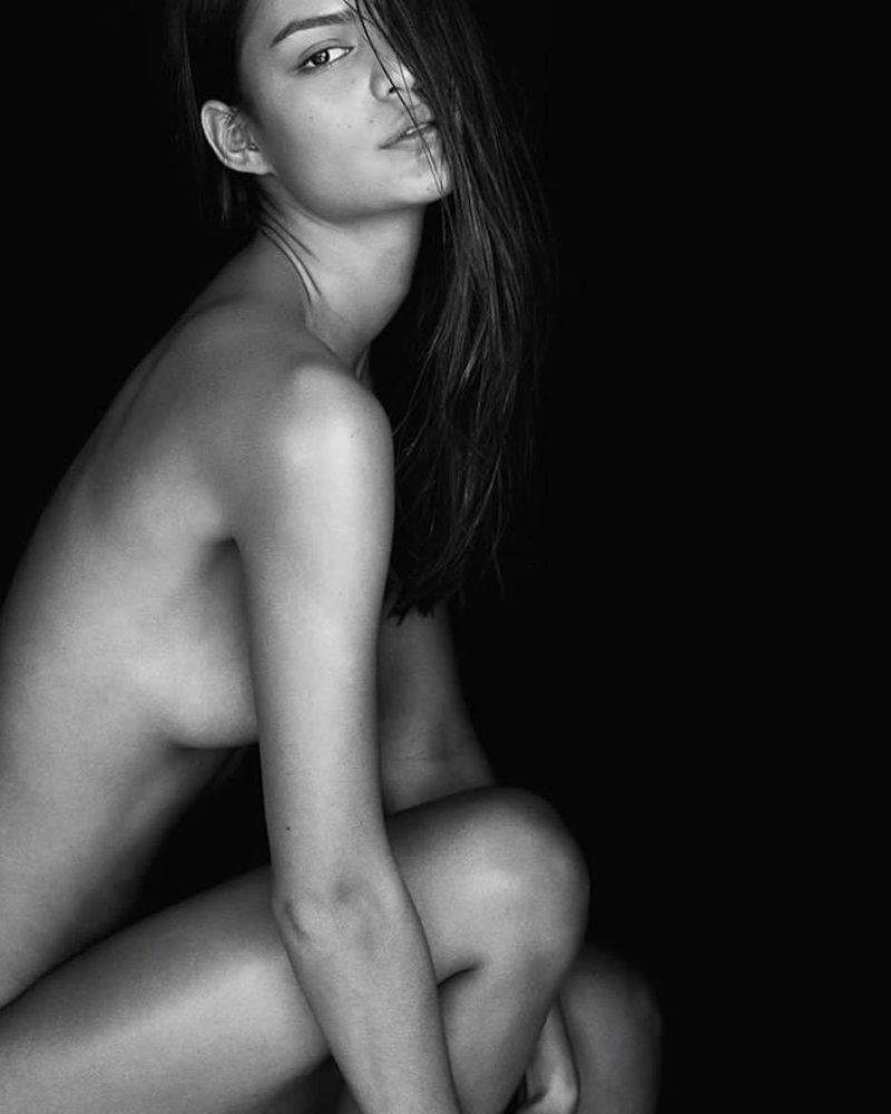 Burke nackt Michelle  Naked stars,